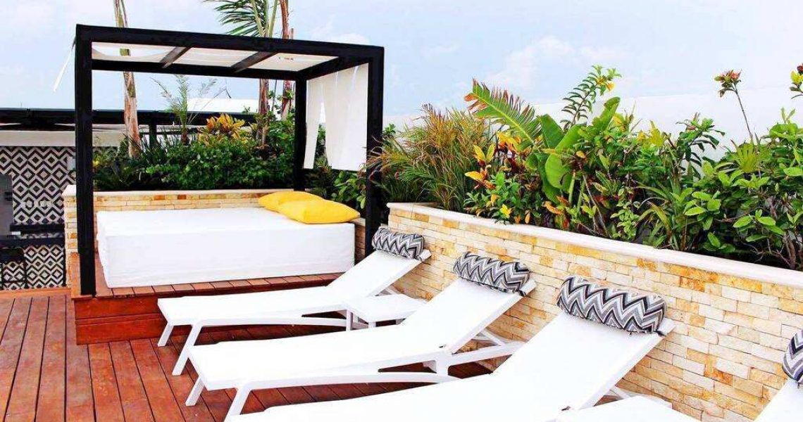 Playa del carmen penthouse for sale bar area