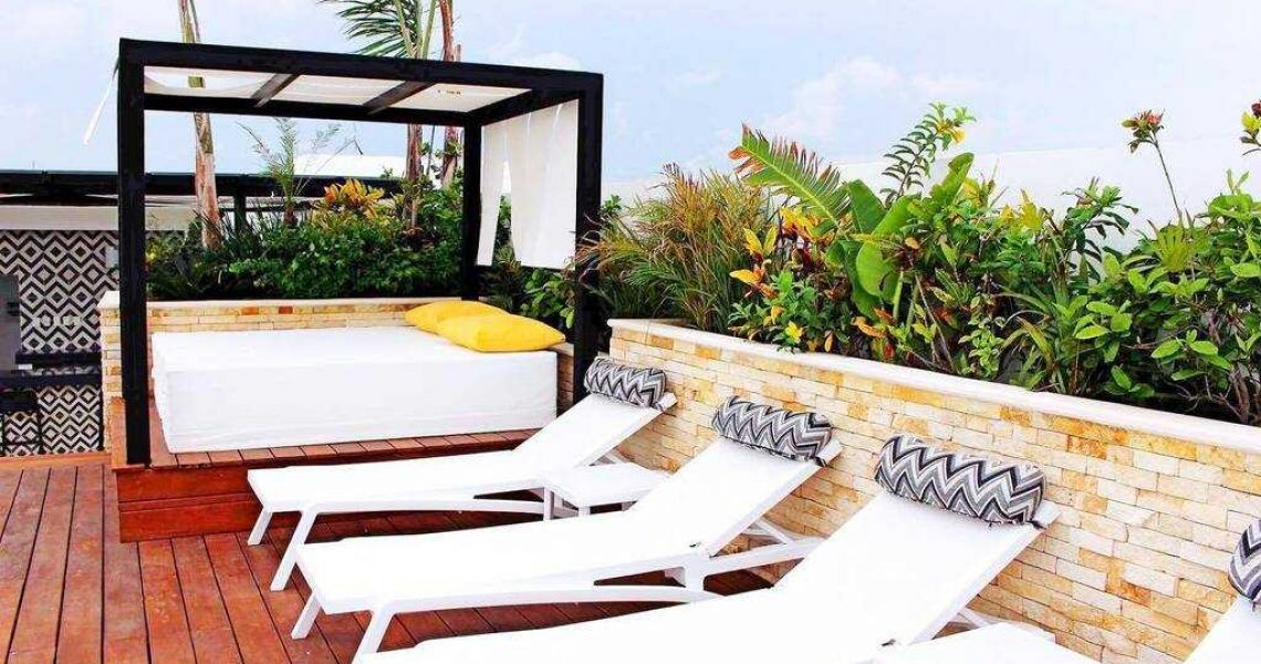 Playa del carmen penthouse for sale bar area