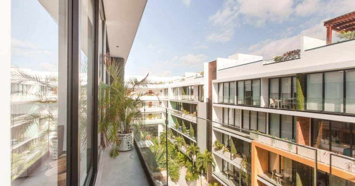 Playa del carmen penthouse for sale view balcony
